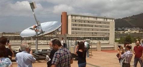 S'inaugura un sistema de captació solar Dishstirling a l'ETSEIB